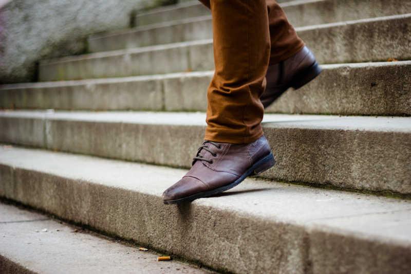 时尚男人的鞋子