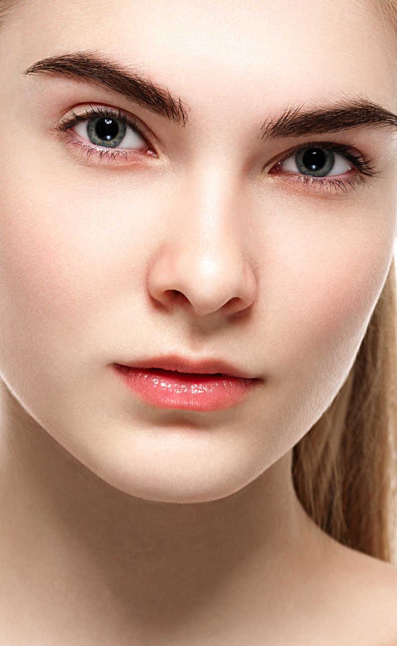 美女模特的脸部特写