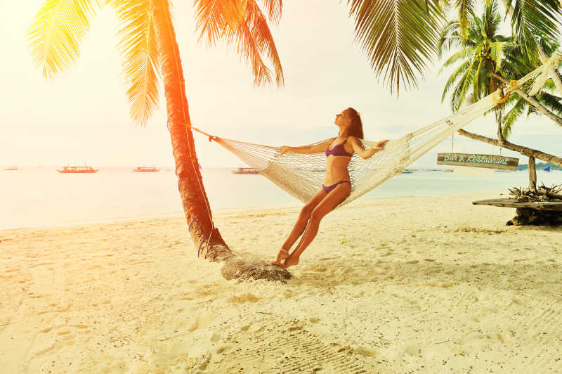 沙滩泳装模特_海滩度假图片素材_海滩度假专题图片图片素材_摄影照片_免费 ...