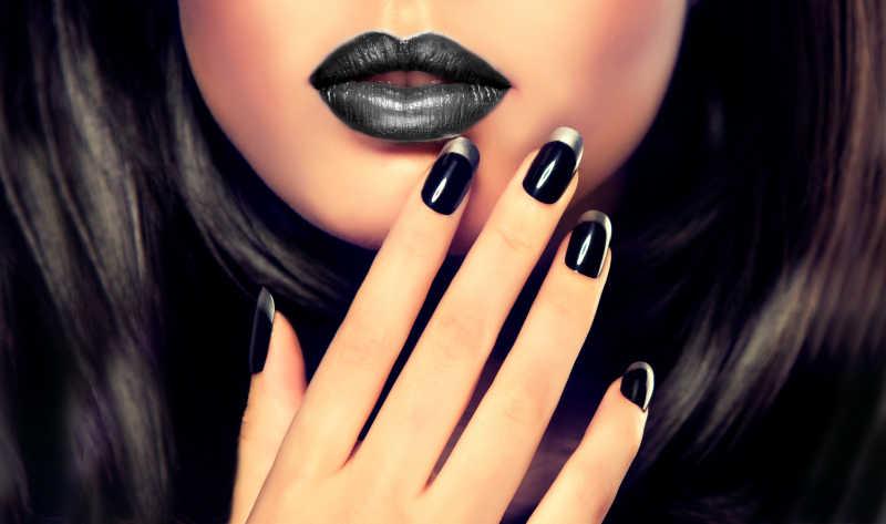 奢华靓丽的黑色指甲