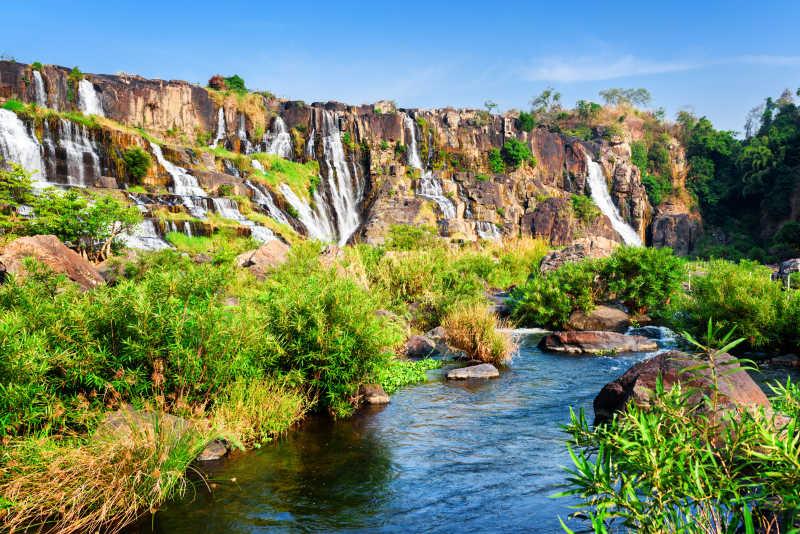 野外天然瀑布河流风景