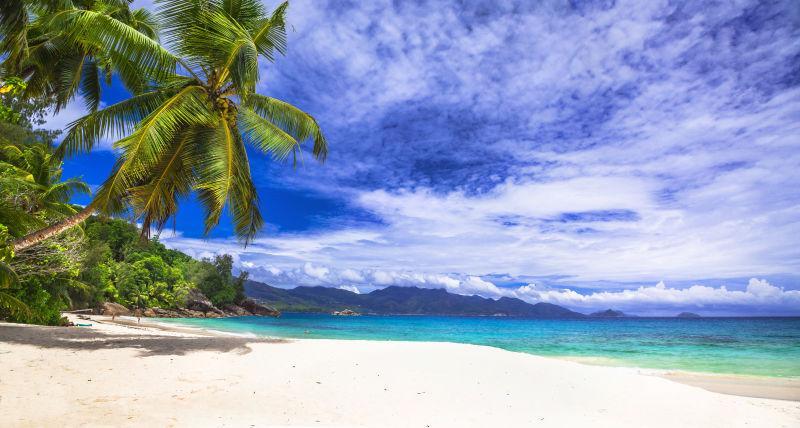 风景优美的塞舌尔美丽的海滩之一