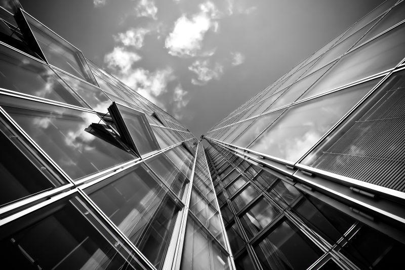 高楼玻璃建筑物黑白