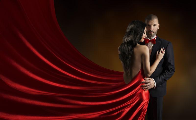 红裙素材女人-穿红衣服的女生小便视频-图片图为什么舞女跳舞高清纸带图片