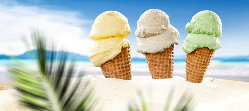 沙滩冰淇淋与天空