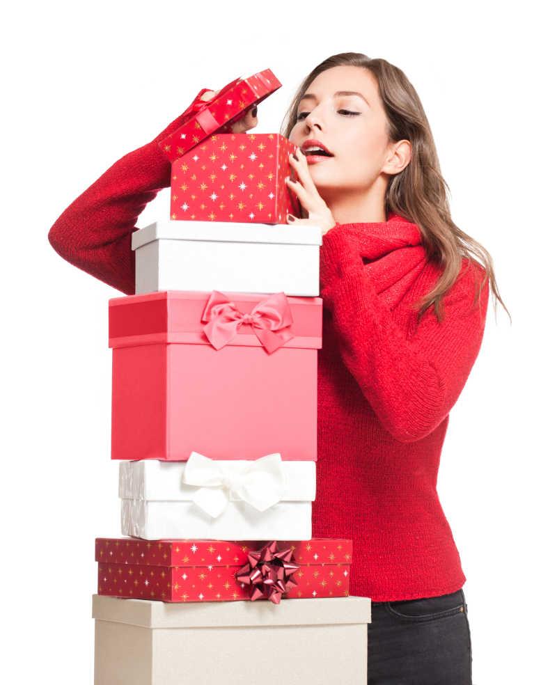 美女图片素材_美丽女孩穿着舒适的家居服庆祝新年假期