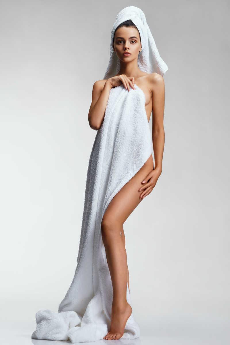 黑社会老大发型图片_少女大胆全馃_裸体美女视频_裸体女人图片_裸体女孩