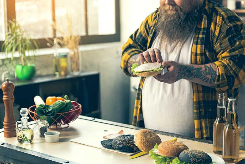 胖子烹饪三明治