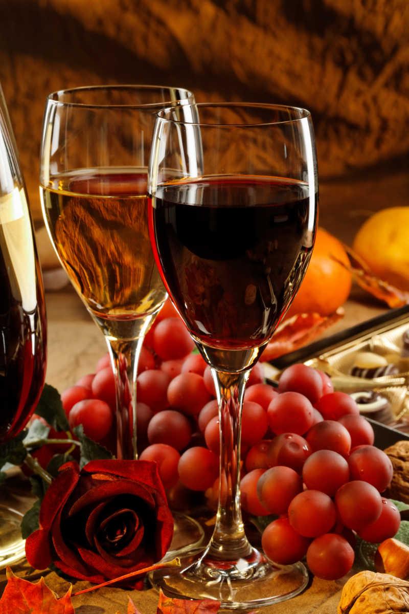 葡萄酒与葡萄