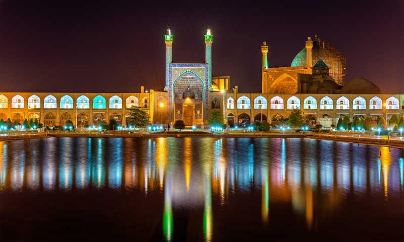 伊朗清真寺夜景