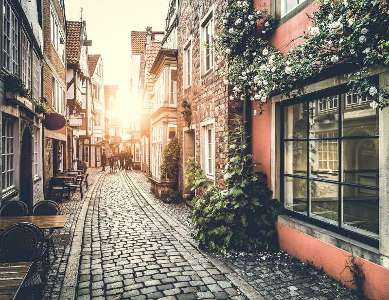 复古建筑的街道