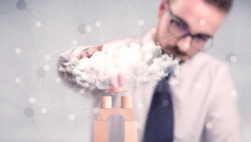 商人在云计算建造塔