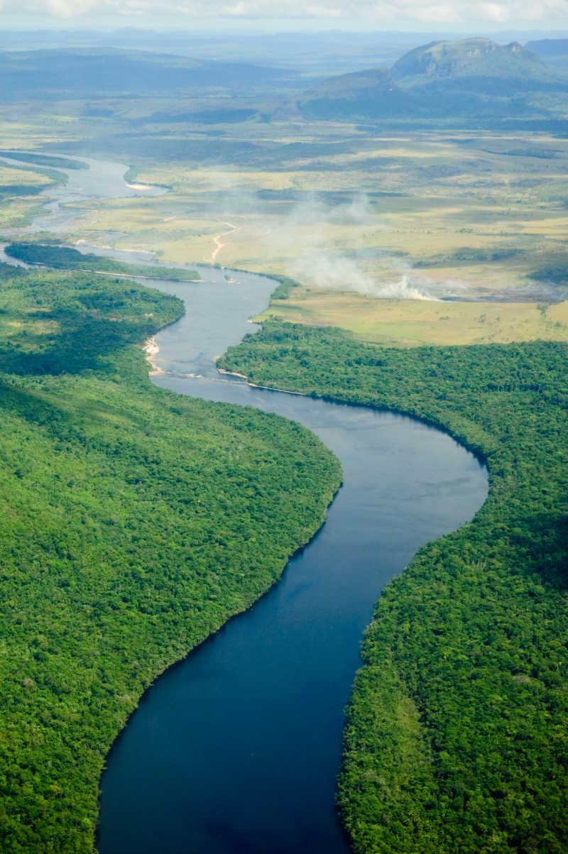 流入委内瑞拉地平线的河流