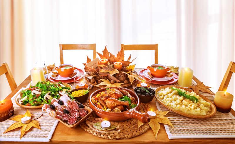 丰富的节日晚餐