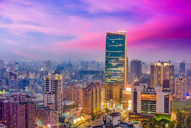 天际线图片-台湾城市晚上的天际线素材-高清图片-摄影照片-寻图免费打包下载