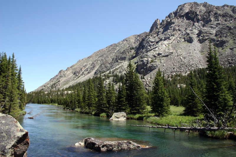 美丽的蒙大拿州 - 岩溪的西叉