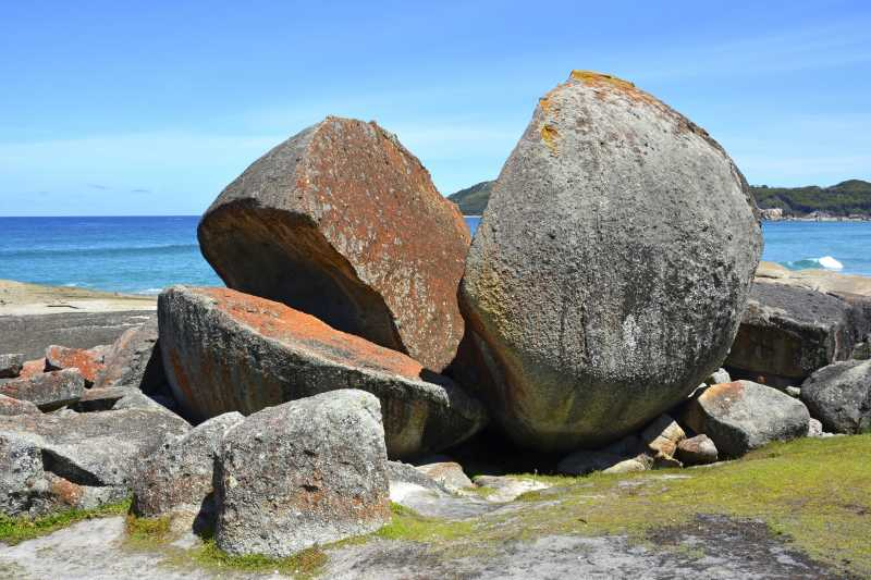 花岗岩巨石