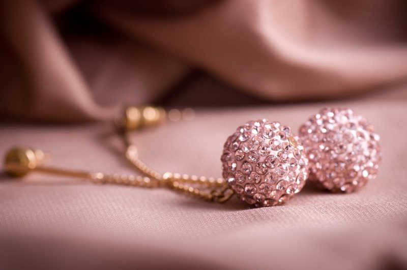 美丽的背景珠宝