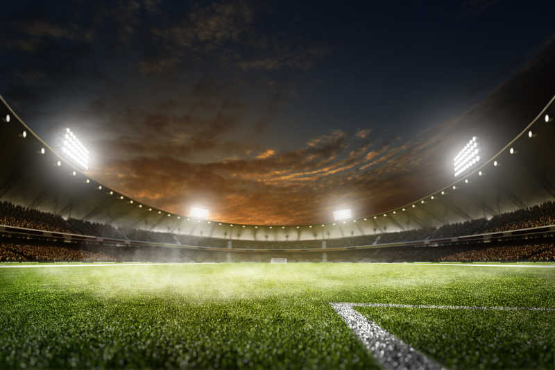 黑夜灯光下空旷足球场