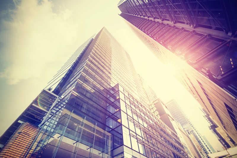 曼哈顿摩天大楼仰视特写