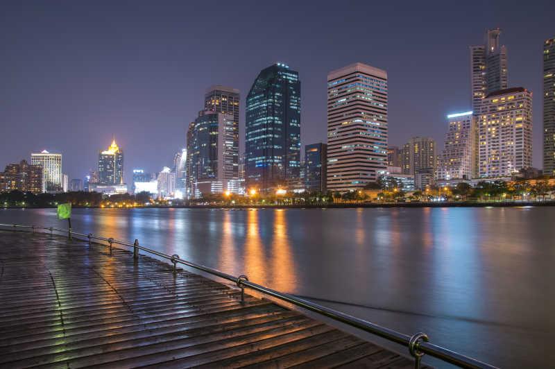 城市现在建筑美丽夜景