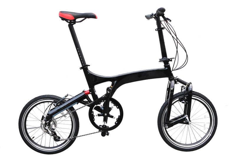 小巧黑色折叠自行车