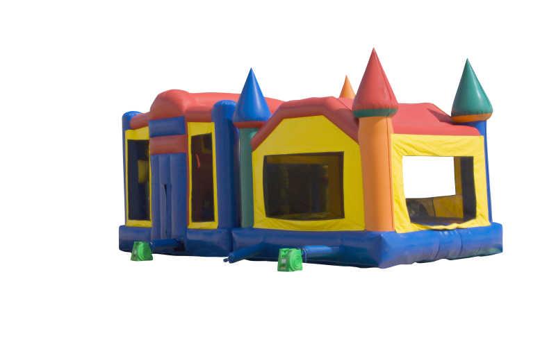 一个五彩缤纷的城堡玩具
