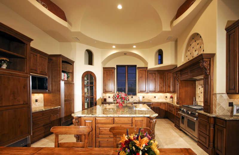 全木质的厨房装修