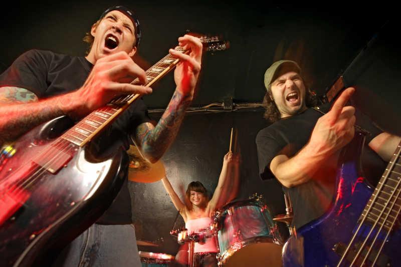 摇滚乐队的演唱会