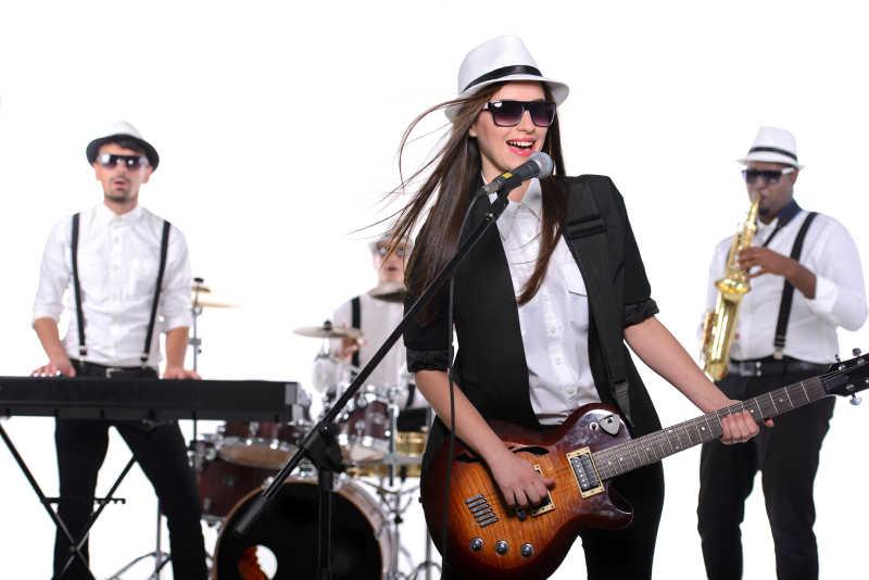 年轻的乐队演出