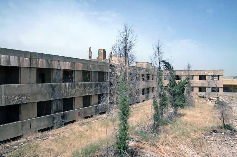 库奈特拉废弃的城市