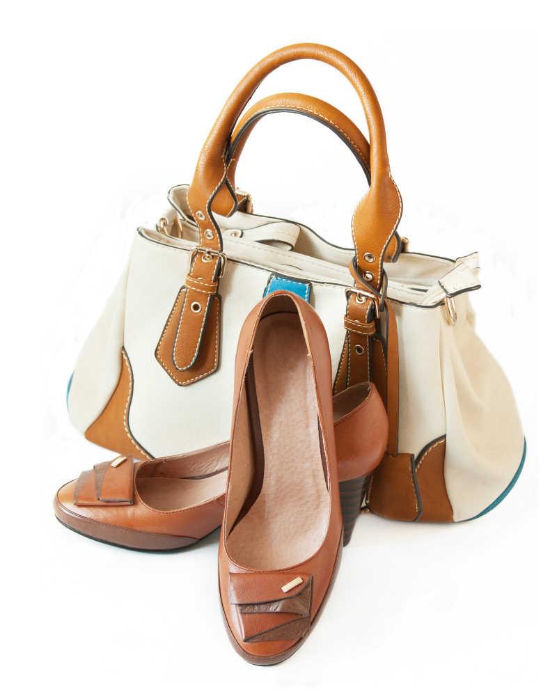 女士手提包和女鞋