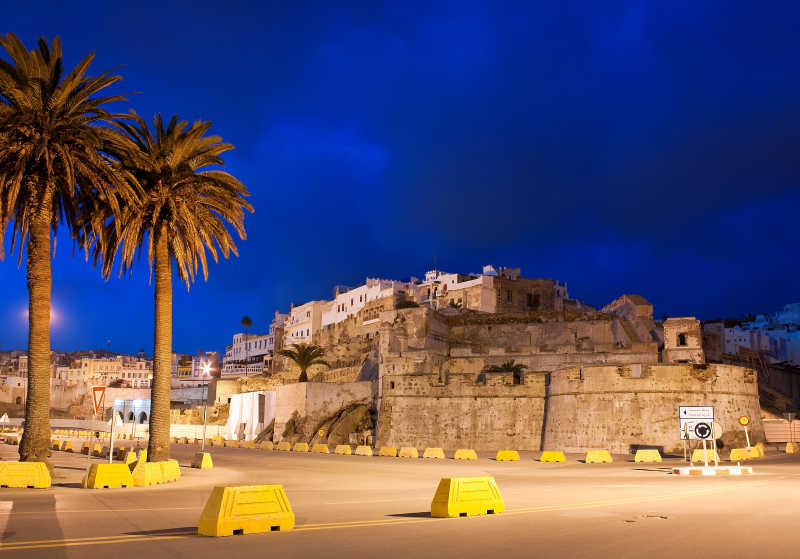 夜空下的摩洛哥城堡