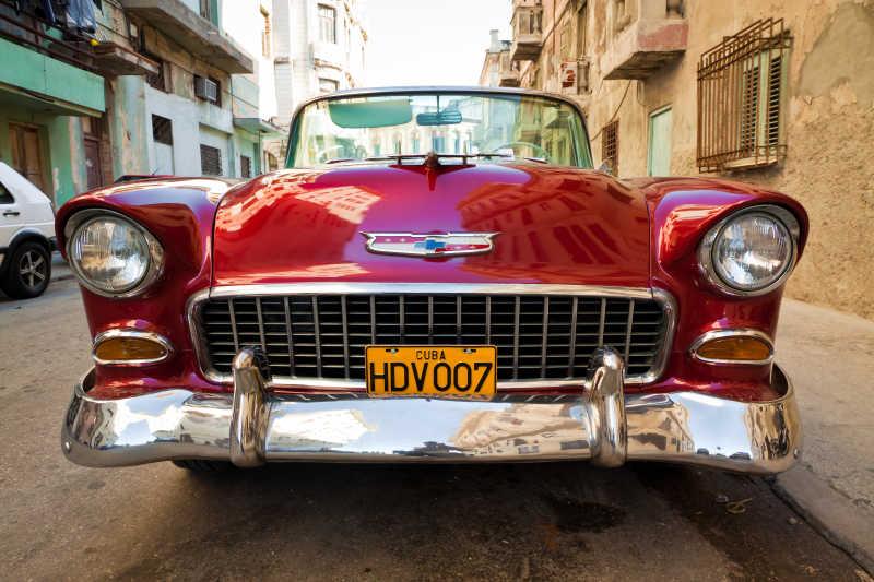 红色经典复古老爷车