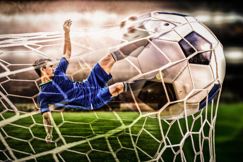 踢足球的男子