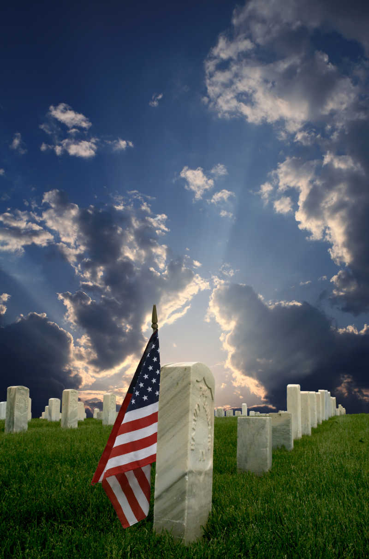 墓地上的国旗