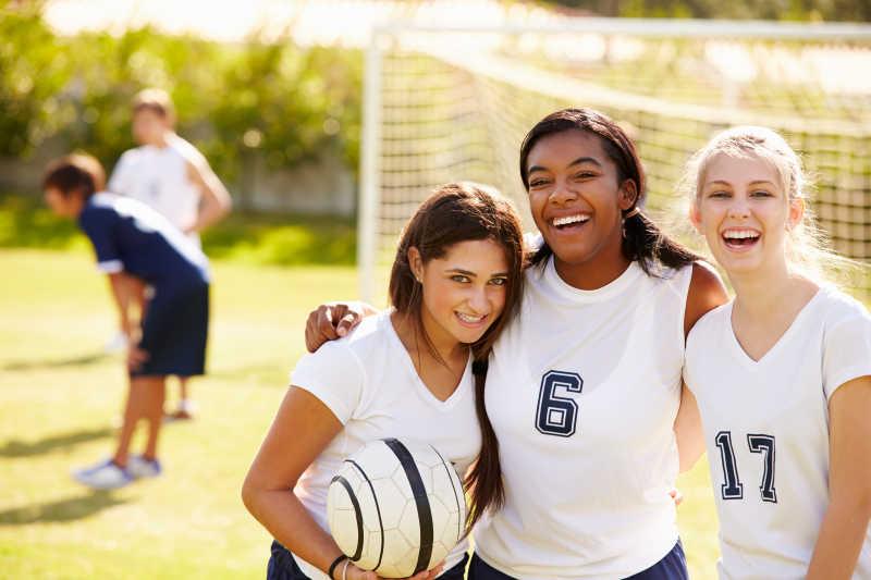 女子高中足球队队员