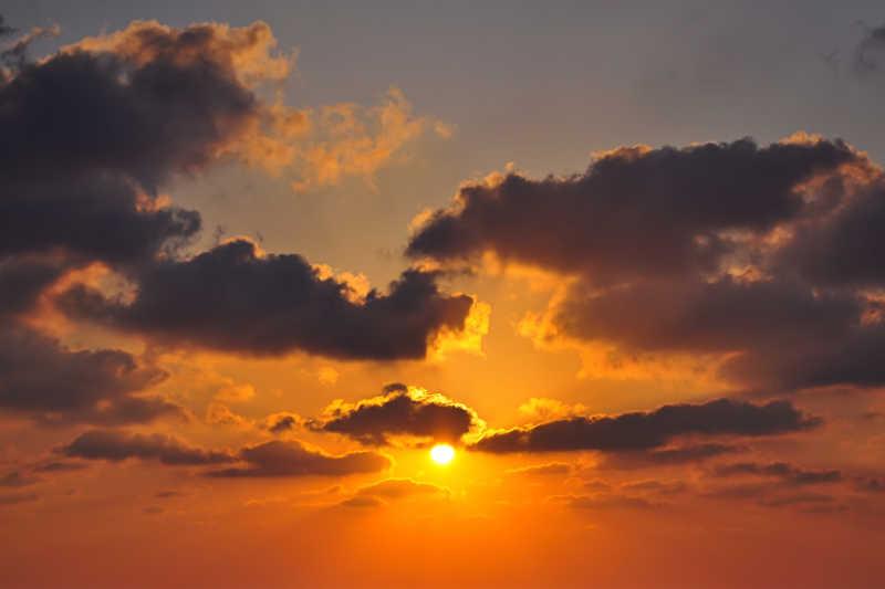 黄昏阳光云彩自然风光