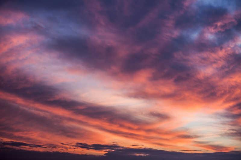 天空中的绚丽云彩风光