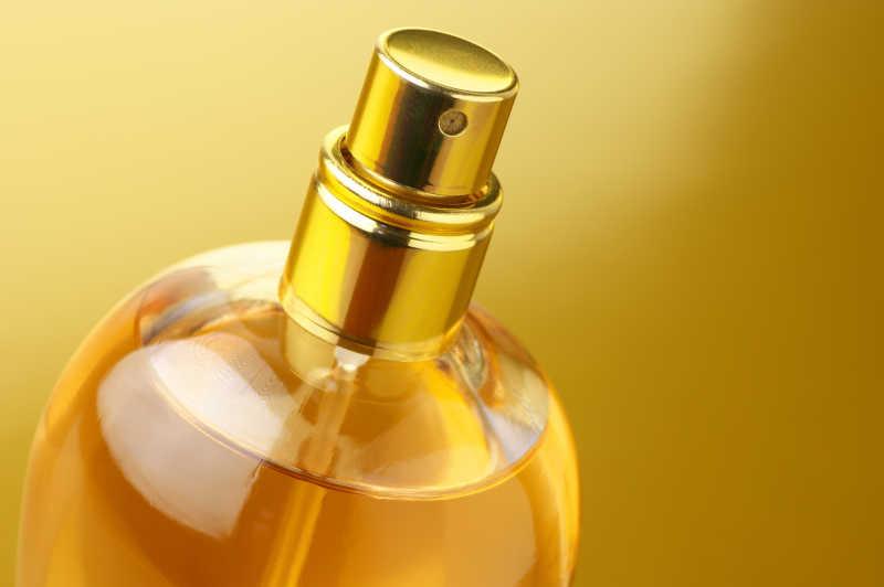 金色背景金色香水