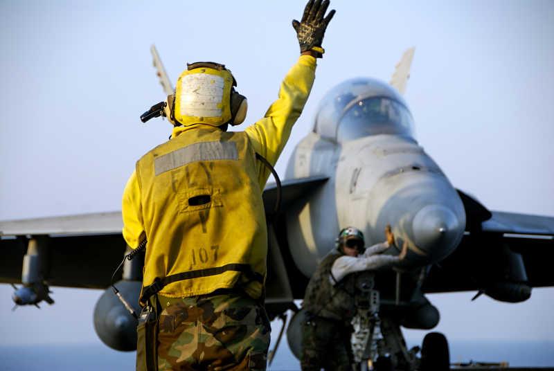 战斗飞机与海军