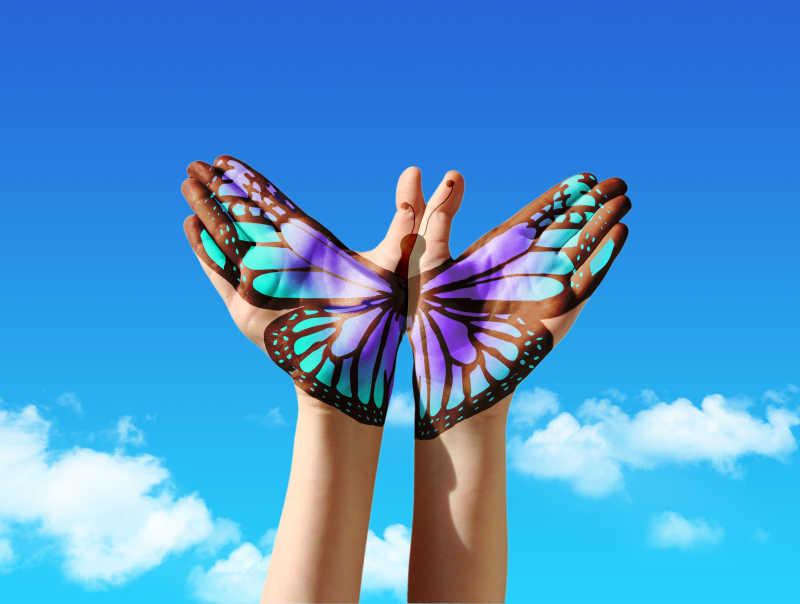 手掌上的蝴蝶