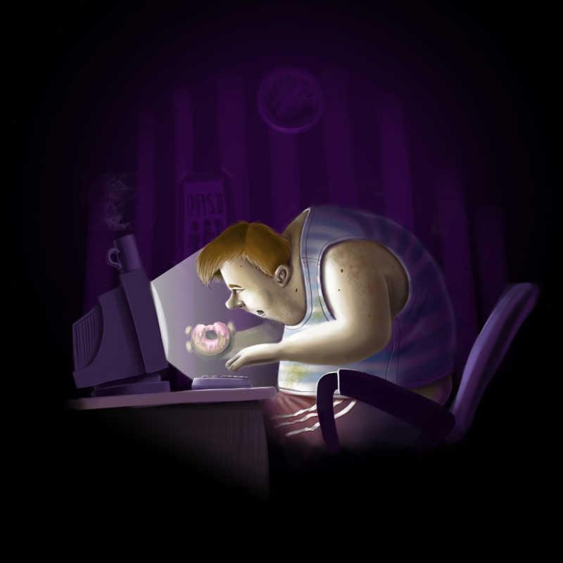 夜间拿着甜甜圈玩着电脑的胖子