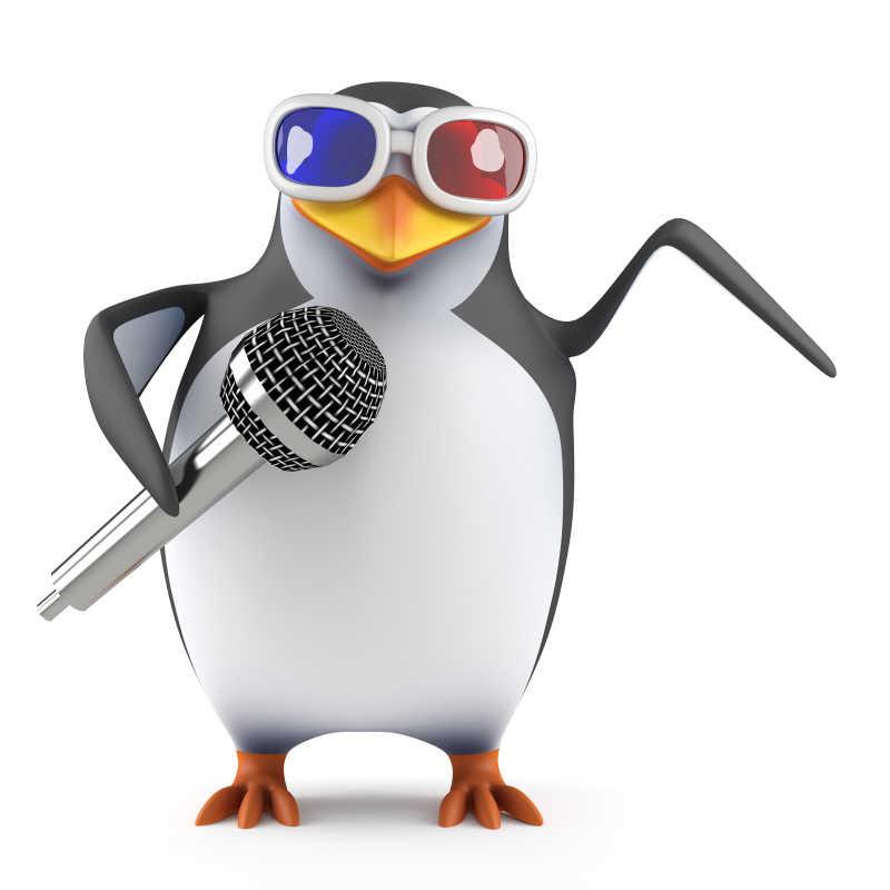 拿着话筒的卡通企鹅