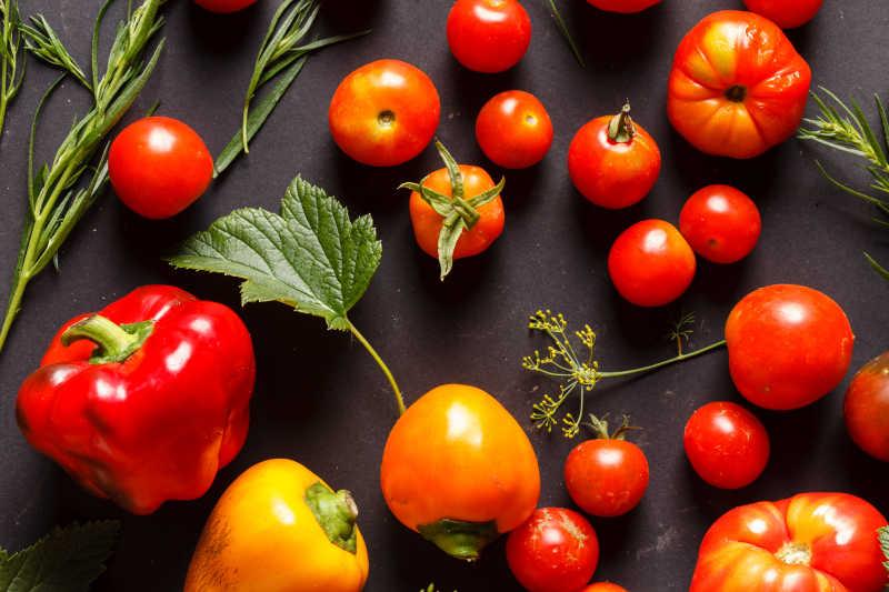 红椒西红柿