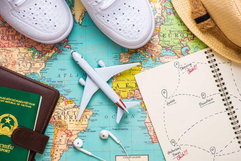 用地图安排旅行计划