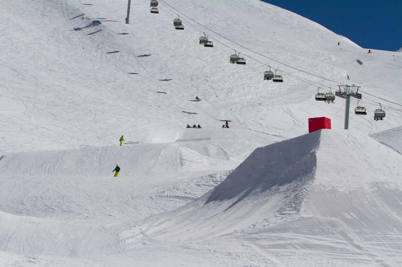 俄罗斯滑雪场