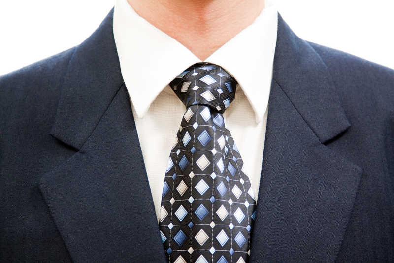 蓝色格格领带搭配灰色西服效果