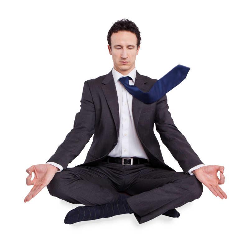 练习瑜伽的商人