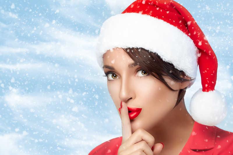 可爱美丽的圣诞女孩